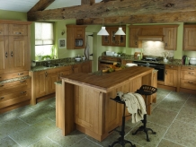 Traditional Vs Contemporary Kitchen